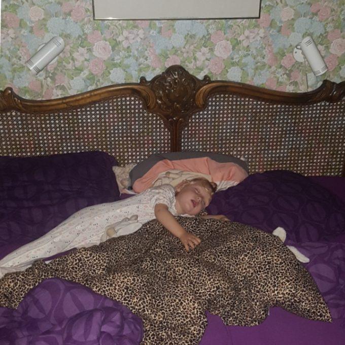 Agnes har aldrig sovet ude…