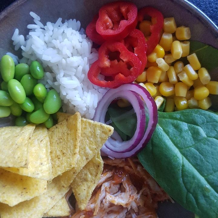 Tacobowl med pulled salsa chicken #hashtagmor