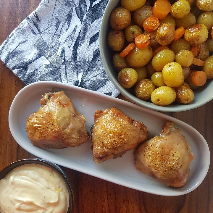 Kylling overlår med ovnbagte kartofler, grøntsager og bearnaise #hashtagmor
