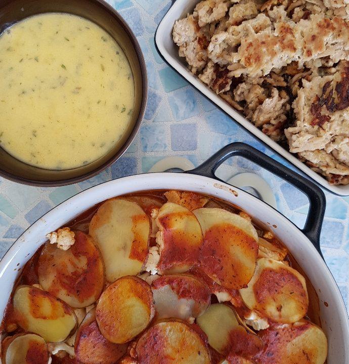 Italiensk inspireret kartofler, smuldrefrikadeller og bearnaise.