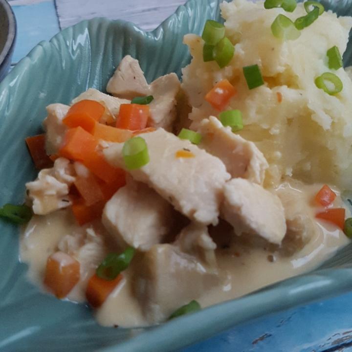 Kylling i pikantsovs og kartoffelmos. #hashtagmor