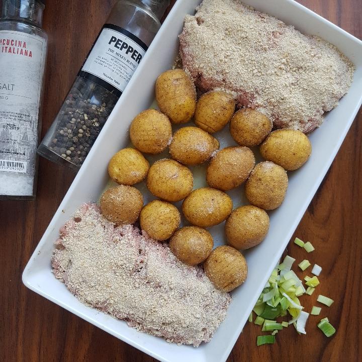 One pot - fraseret porre med hasselback kartofler. #hashtagmor