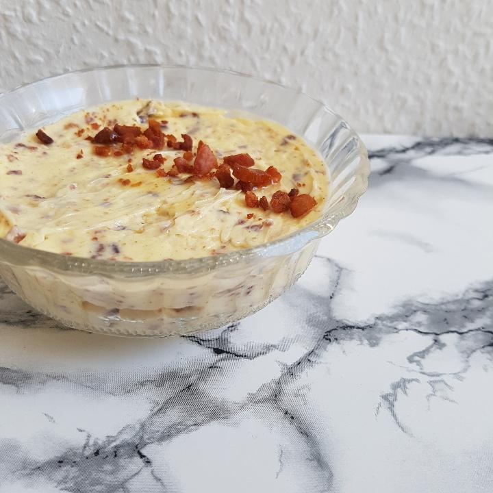 Baconsmør til dine kartofler. Opskrift på lækkert kryddersmør.