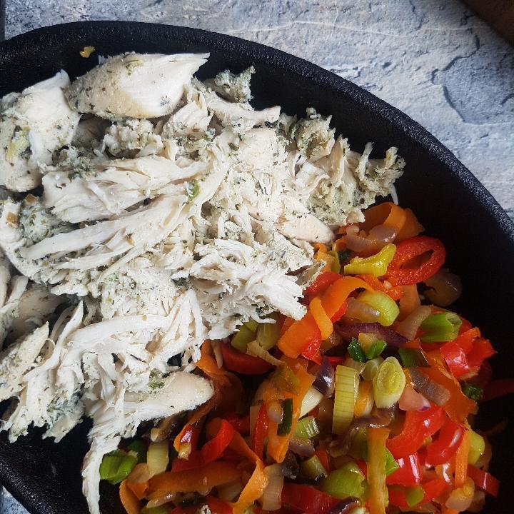 Bløde tacos med pulled chicken. #hashtagmor