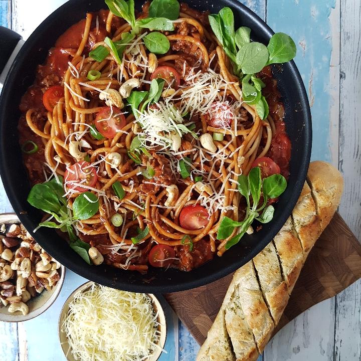 Hurtig og skøn spaghetti med oksekød og tomatsovs. #hashtagmor