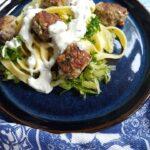 Græsk inspireret pasta med squash tzatziki #hashtagmor