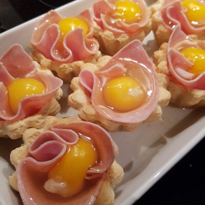 Æggeletter – tarteletter med fyld.