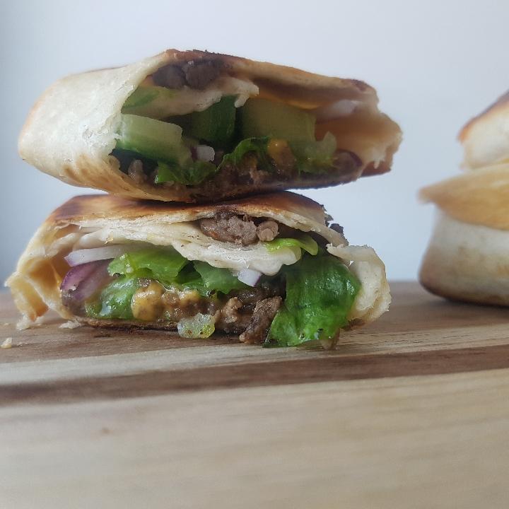 Cheeseburgerrolls med big mac dip #hashtagmor.