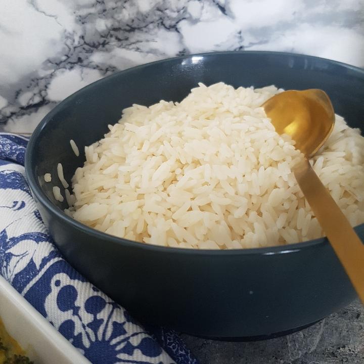 Hawaii kylling i fad - kylling i karry med ris.