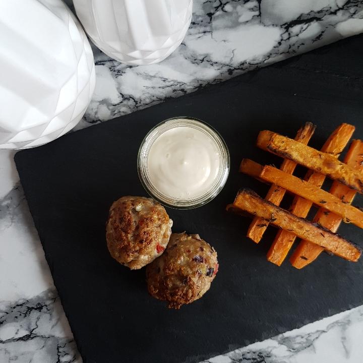 Ovnbagte frikadeller med søde kartofler, #hashtagmor