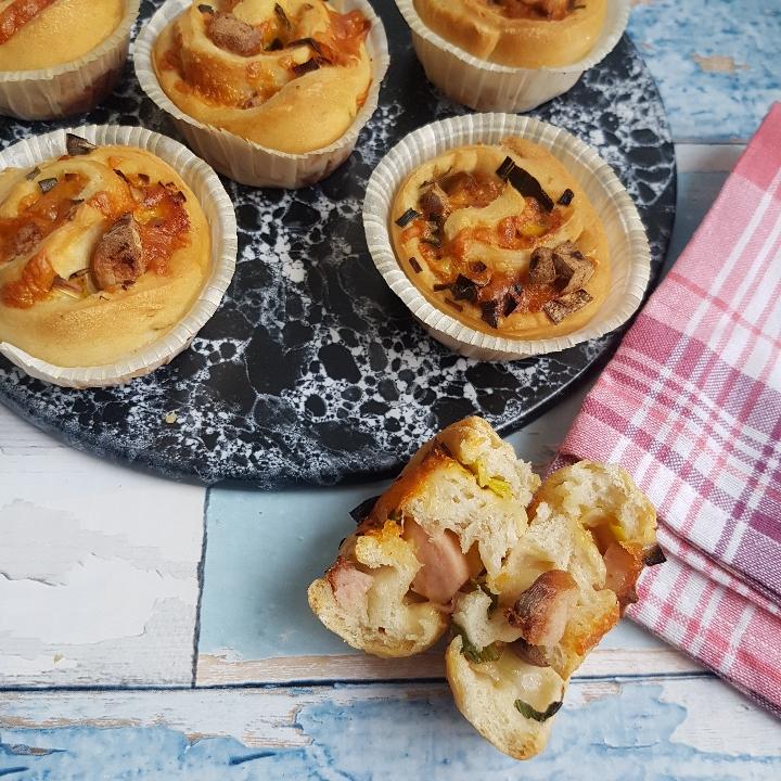 Madmuffins - med cheddarost og pølser. #hashtagmor