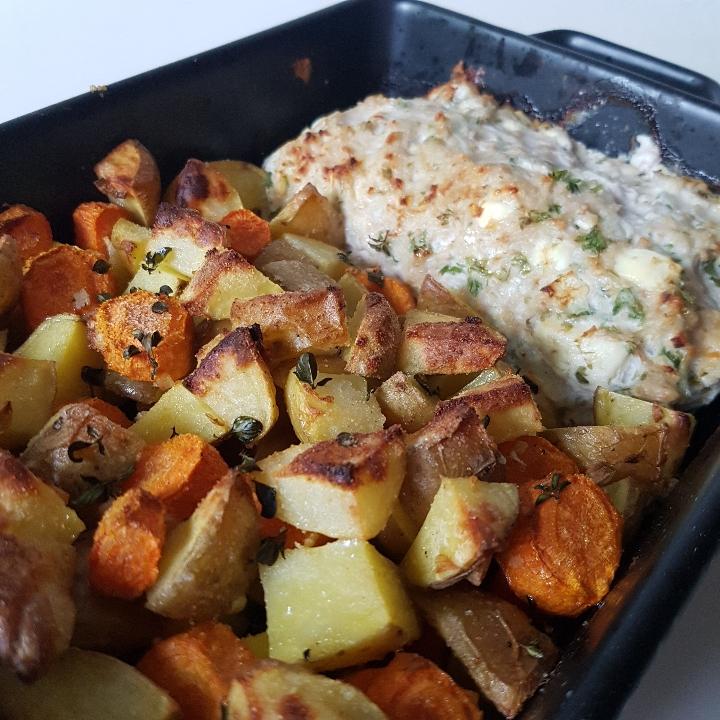 One pot med kylling farsbrød og ovnkartofler. Nem mad. #hashtagmor