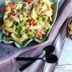 One pot pasta opskrift med skinke og hvidløg. #hashtagmor