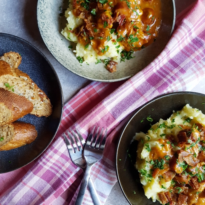 Skøn gryderet med kartoffelmos #hashtagmor