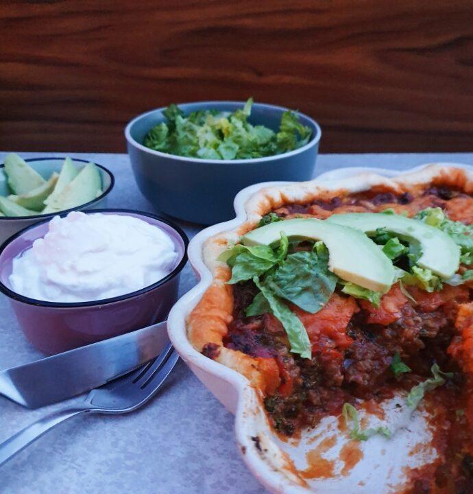 Mexicansk taco og broccoli tærte opskrift med ost.