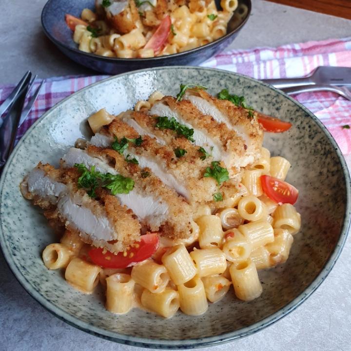 Skøn pasta med pesto og kylling.