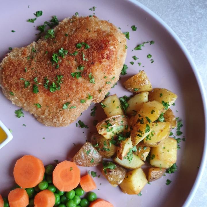 Kylling snitzel med brasede kartofler