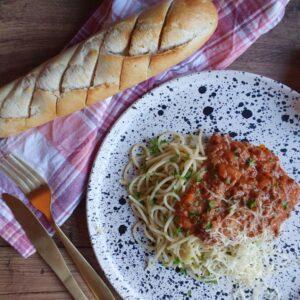 Spaghetti kødsovs opskrift med grøntsager