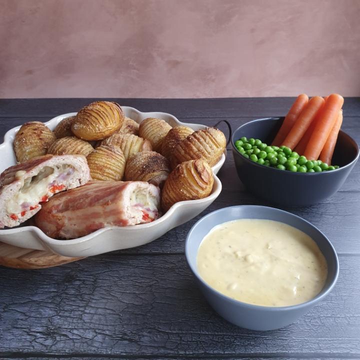 Kyllingrulle med hasselback kartofler - en let opskrift med hakket kylling