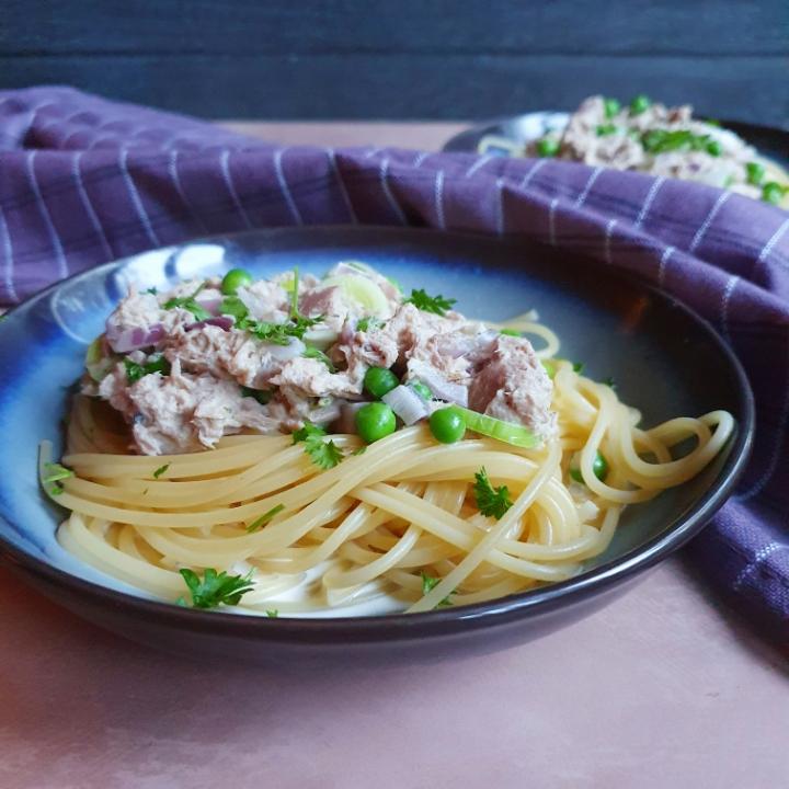 Skøn spaghetti med tun - retter med fisk og flødesovs til pasta