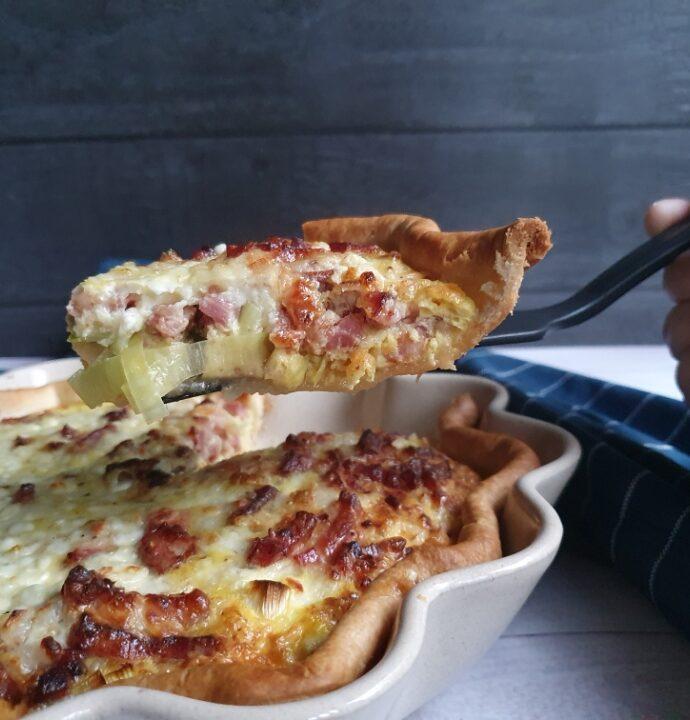 Bacon tærte med hytteost – nem madtærte opskrift