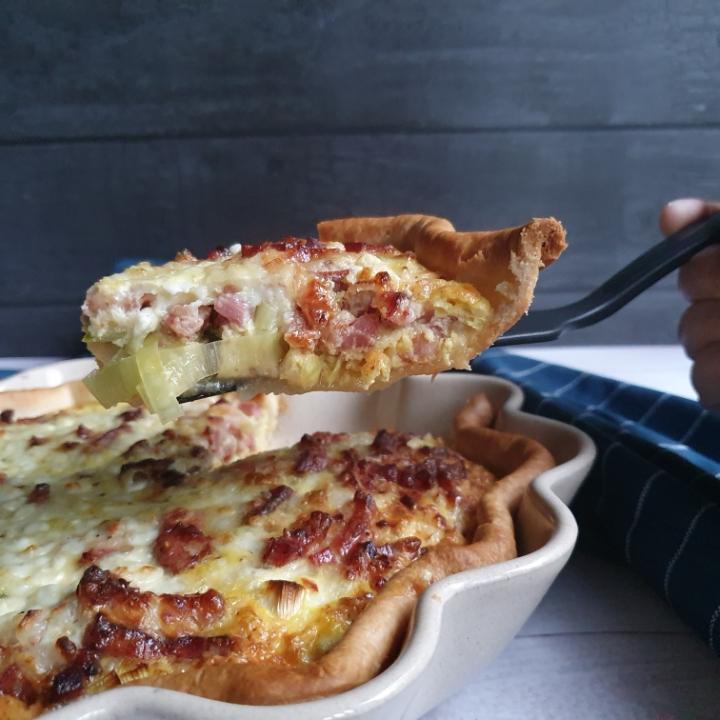 Bacon tærte med hytteost - nem madtærte opskrift