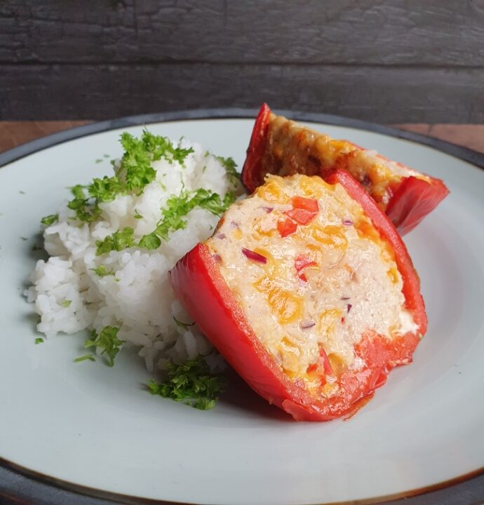 Fyldte peberfrugter med ris og kylling
