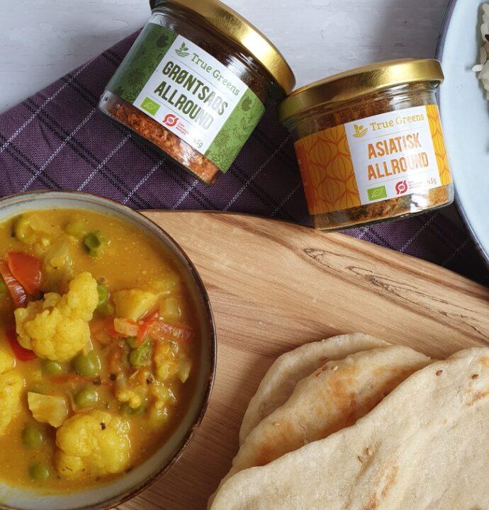 Vegatar gryderet med grøntsager og kokosmælk – vegansk curry // Reklame